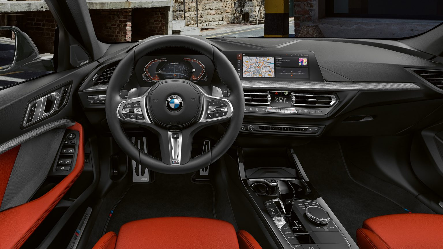 bmw-1-series-m135i-inspire-highlight-desktop-03