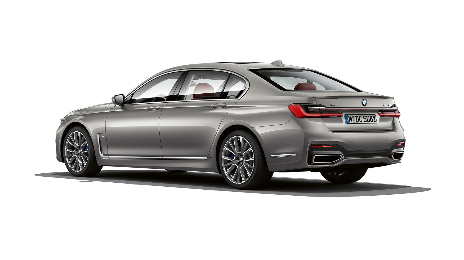 bmw-7series-sedan-inform-line-02-slide-02