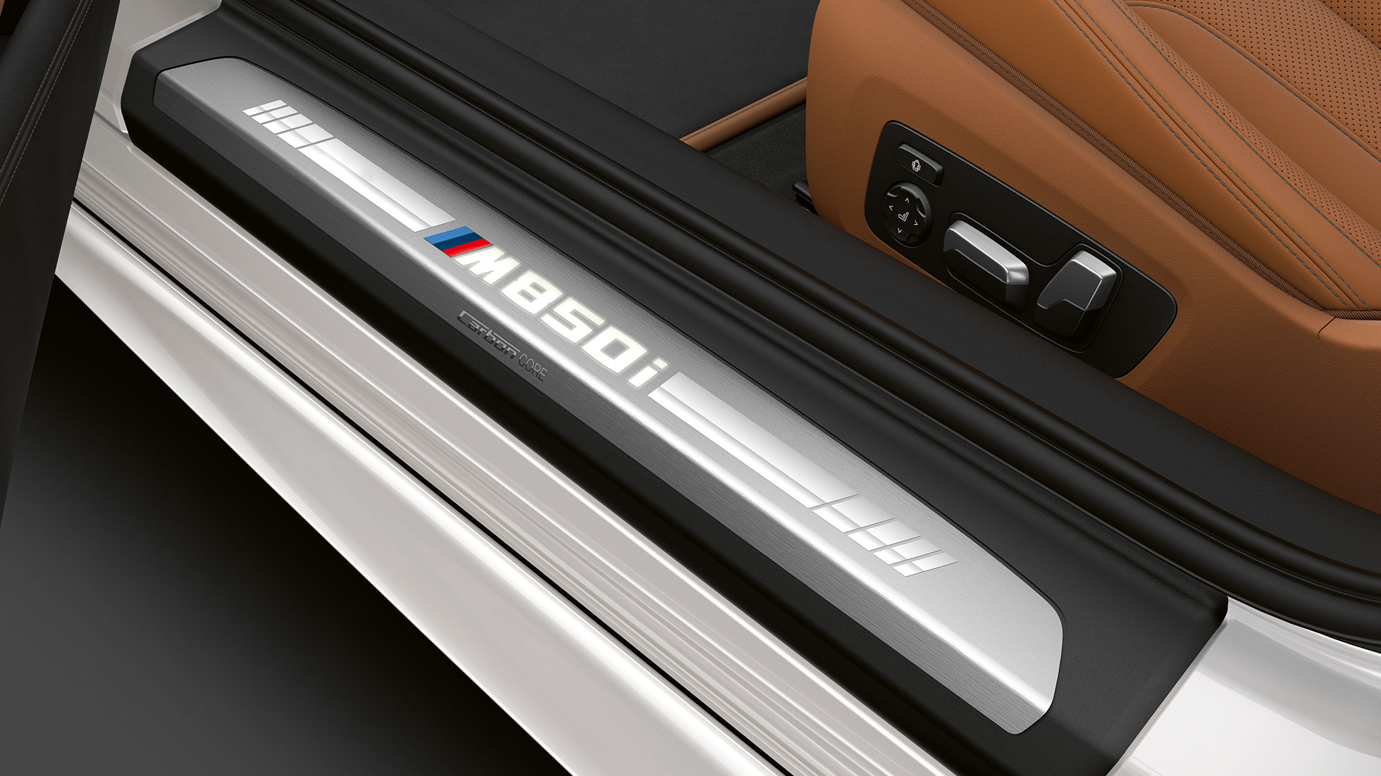 bmw-8series-convertible-inform-lines-03-desktop-tablet-03