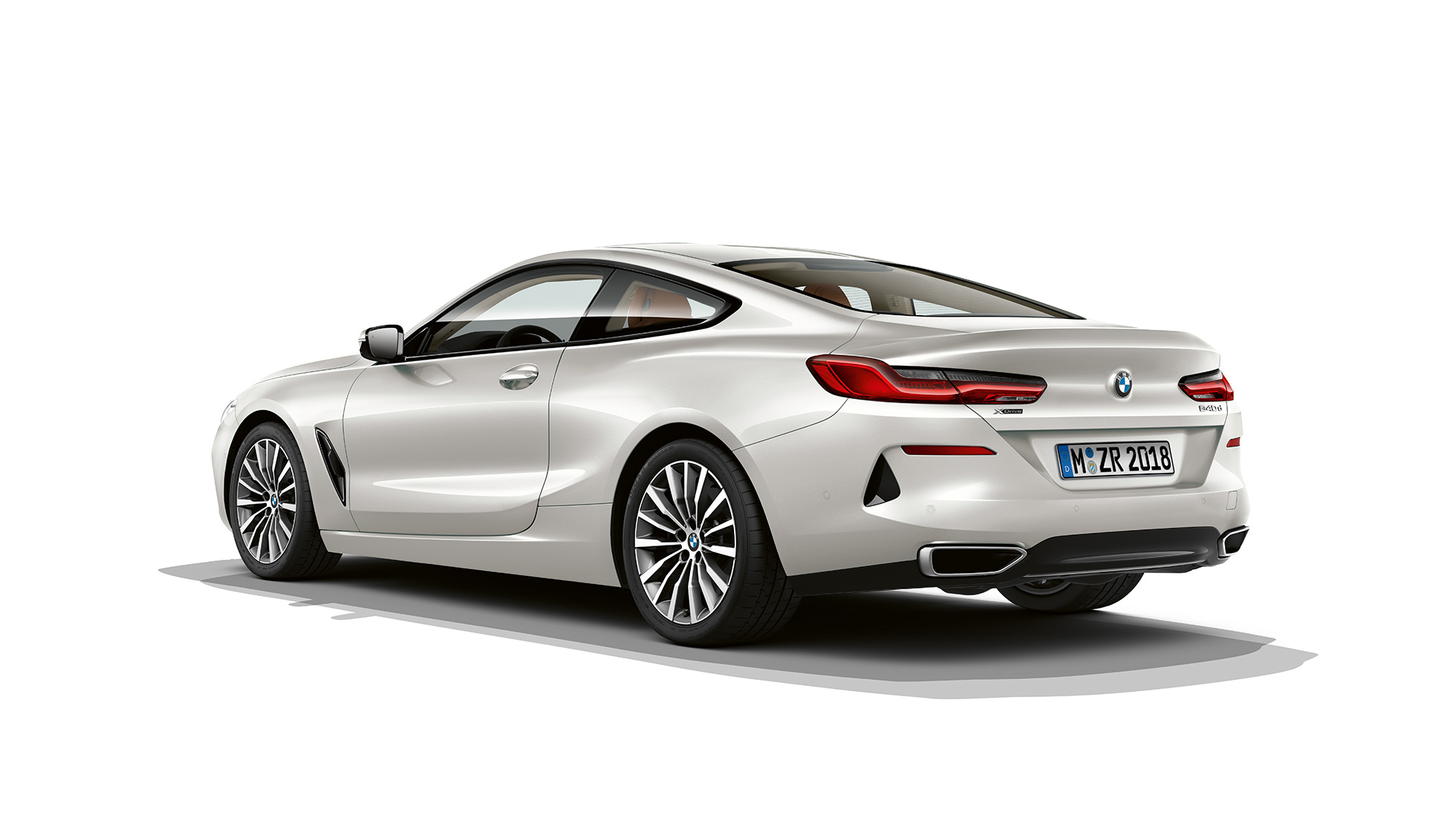 bmw-8series-coupe-inform-lines-01-02