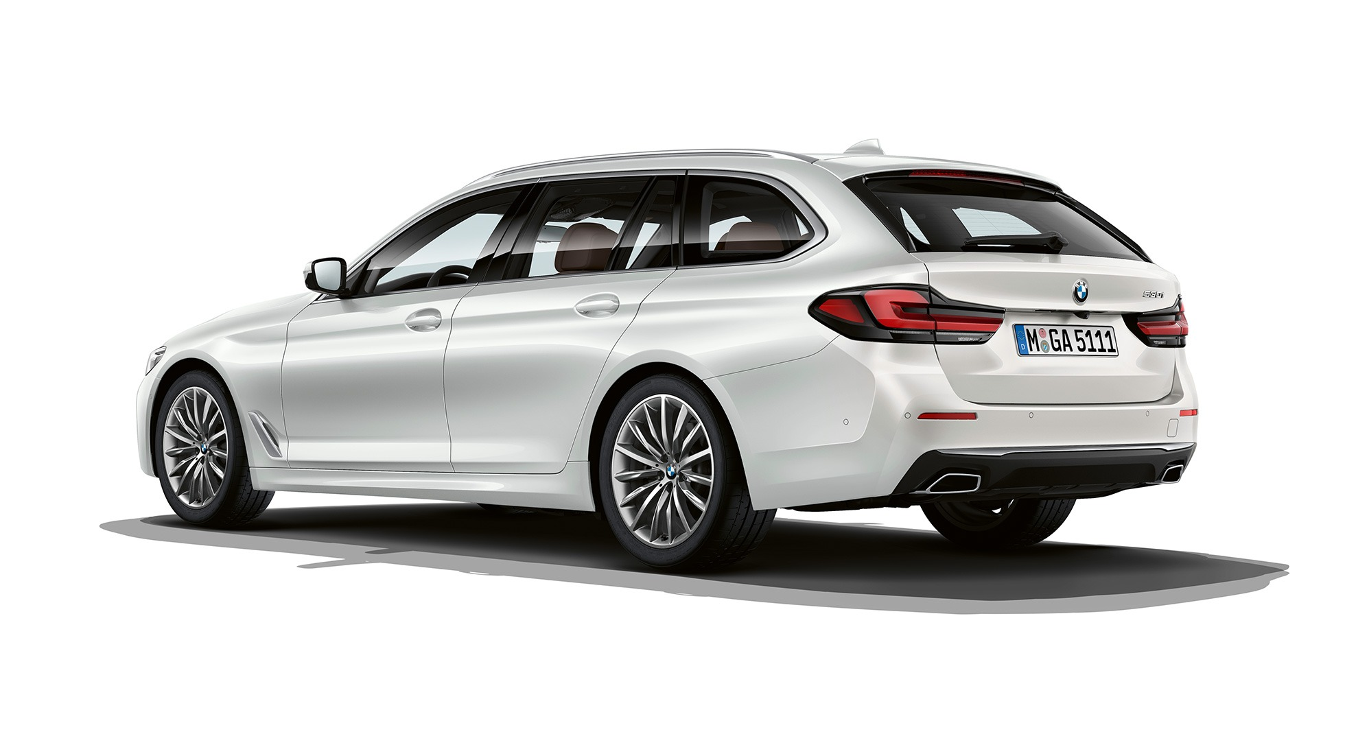 bmw-5-series-touring-models-and-equipment-lines-02-02