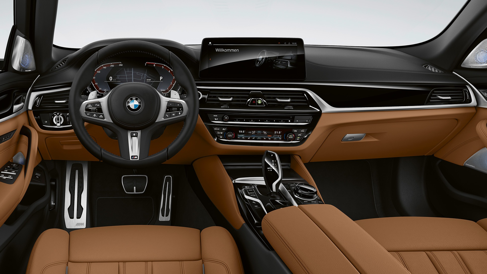 bmw-5-series-touring-models-and-equipment-lines-03-03