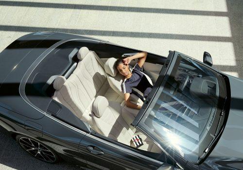 bmw-8series-convertible-inspire-highlight-desktop-tablet-04