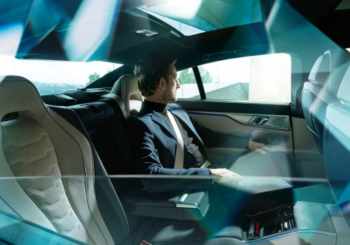 bmw-8series-gran-coupe-inspire-highlight-04-desktop-tablet